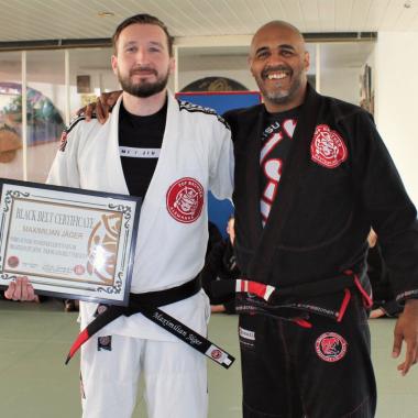 Maximilian Jäger ist erster Top Brother Deutschland Black Belt